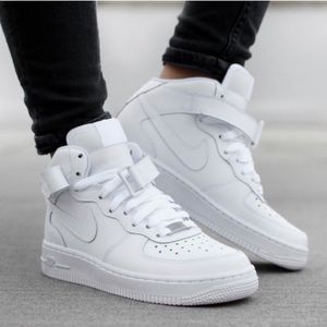NIKE AIR FORCE 1 MID ALL WHITE WOMENS SHOES NEW